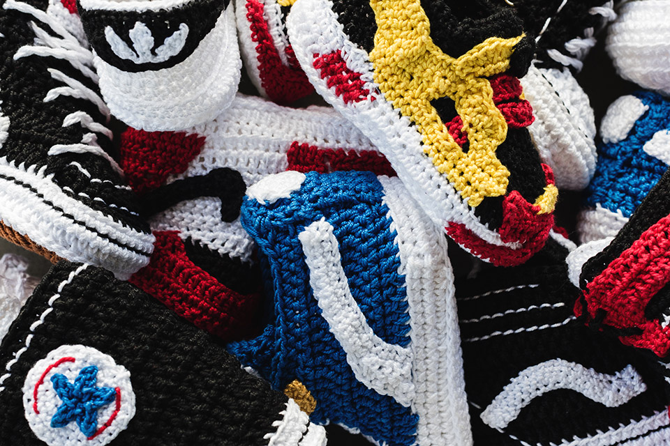 crochet-sneakers-picasso-babe-main.jpg