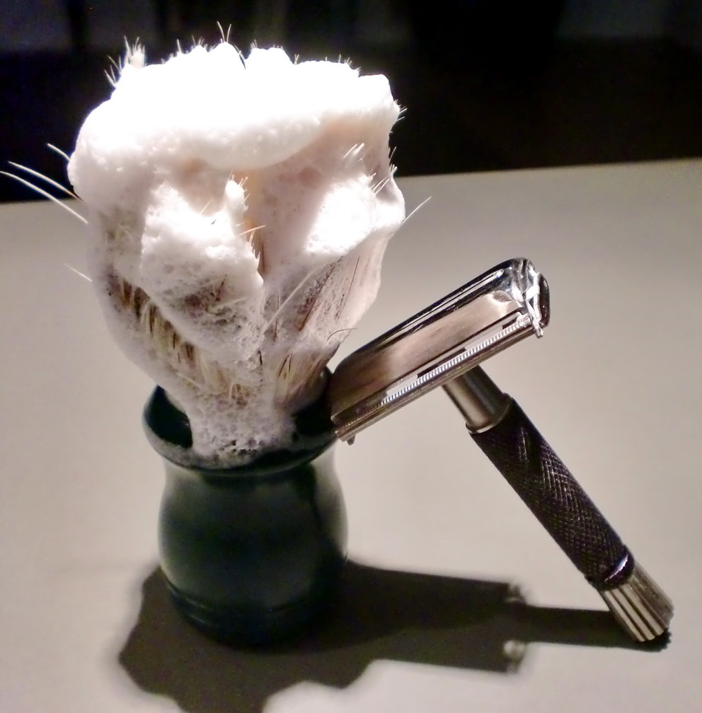 Shaving-Brush-Lather-DE-Razor.jpg