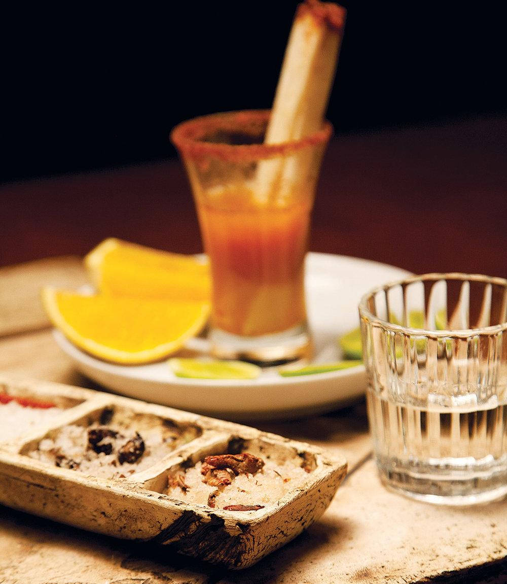 5_bebidas_representativas_mexico_mezcal_jla_0.jpg