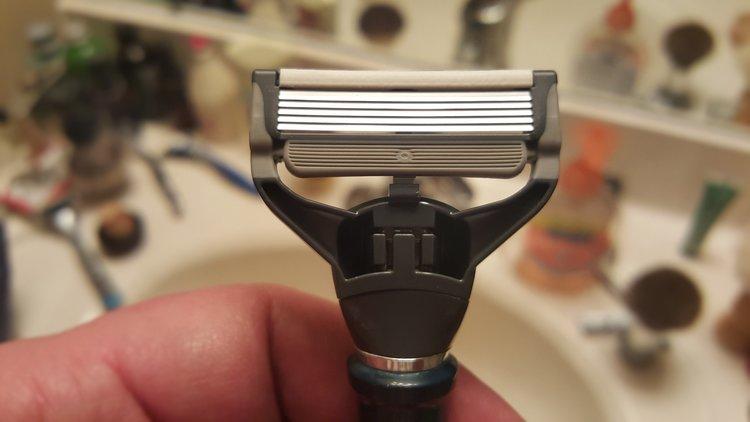 Acerca de las navajas de afeitar  Schick Hydro 5 — Be A Gentleman 5c3565785d0c