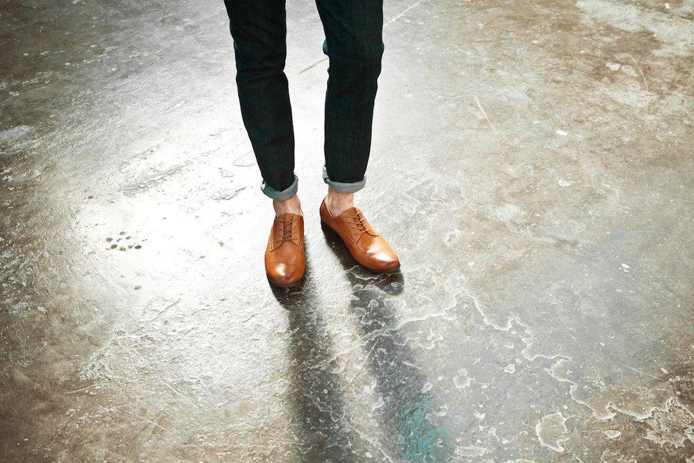 Adiós calcetines - Usar calzado sin calcetines es casi una regla en la moda masculina