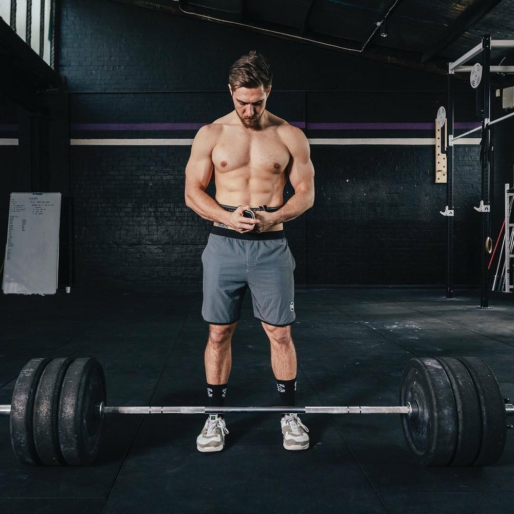 Hot-Guys-Lifting-Weights-Pictures.jpg