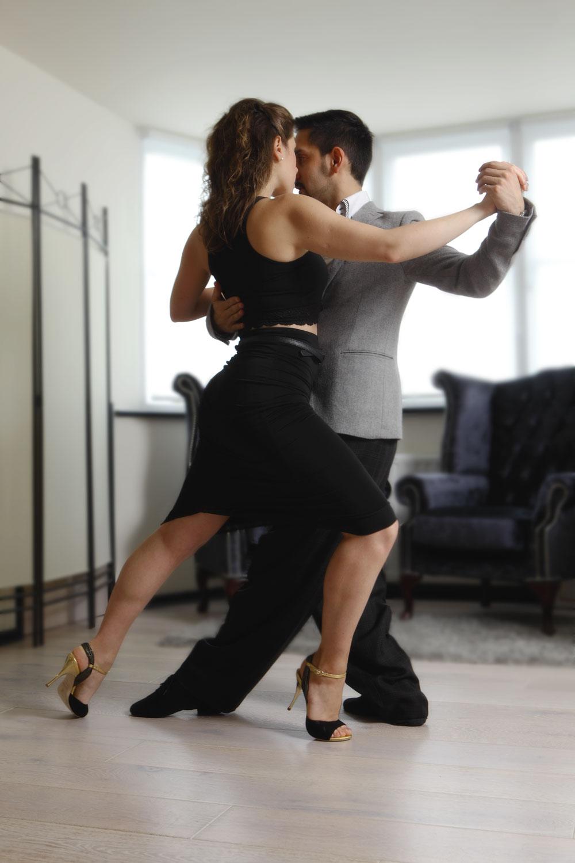 Juan Martin Carrara and Stefania Colina - dance