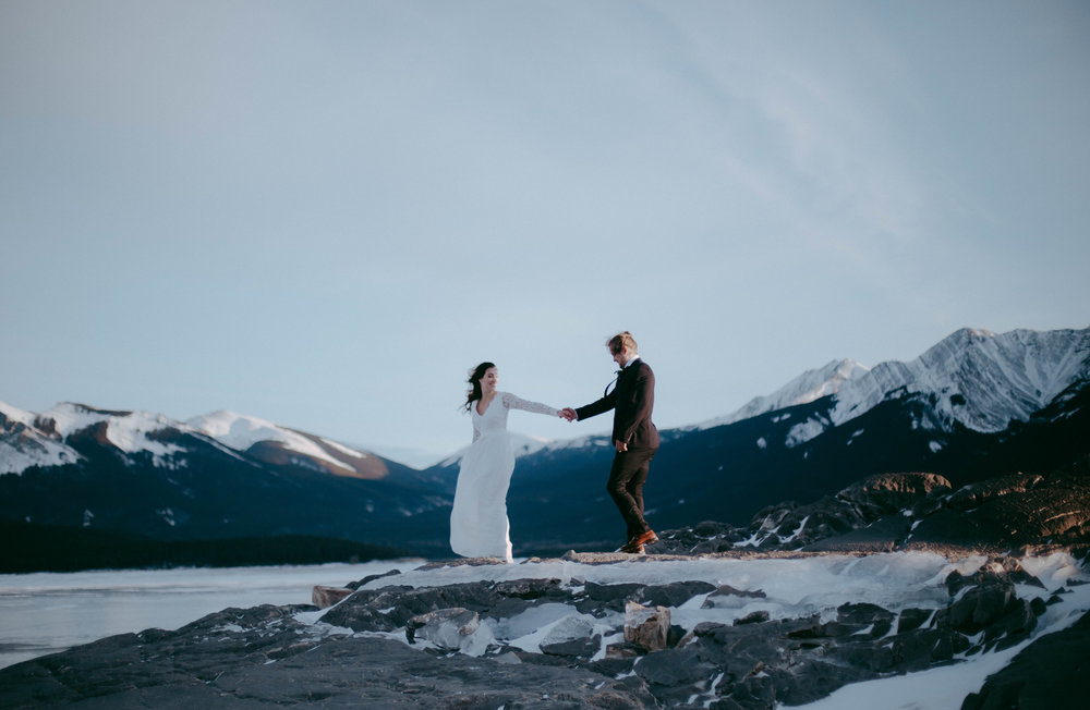 Alberta rockies styled elopement - A few month back I was lucky enough to be a second shooter for a styled elopement shoot...