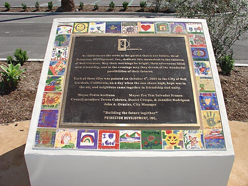 Los Jardines plaque.jpg