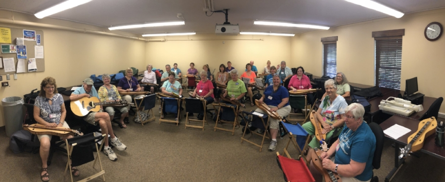 "My 9:00 am ""Ashokan Farewell"" workshop at Coshocton Dulcimer Days."