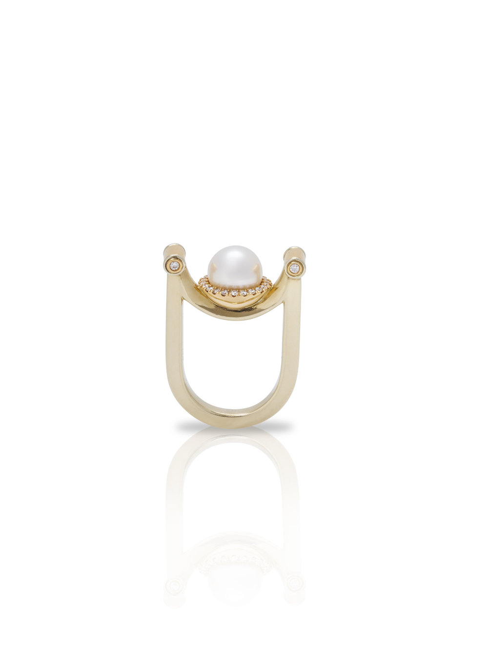 INVERTED PEARL RING    18K Gold, South Sea Pearl 0.3 CT Diamonds
