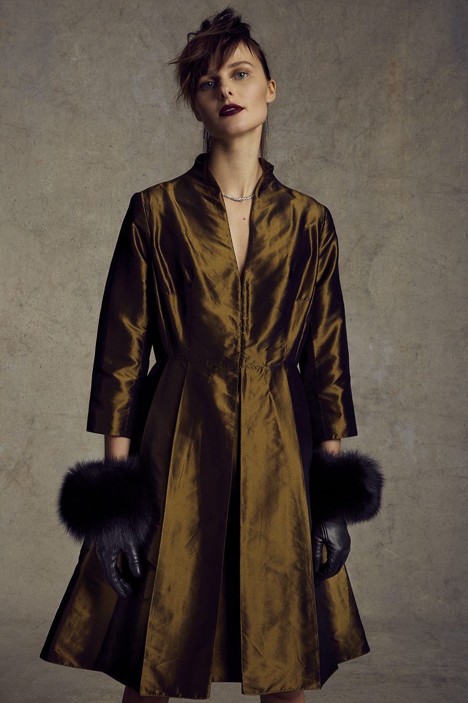 ARCADIA DRESS   SILK TAFFETA, STRETCH SILK CHARMEUSE LINING      CATHERINE GLOVES   TOUCH POINT TECH FRIENDLY LAMBSKIN, FOX FUR CASHMERE LINING      Contact for inquiry