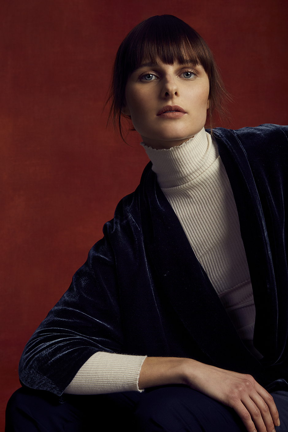 MATTEO SWEATSHIRT   VELVET, SILK CHARMEUSE LINING      URBANA TURTLENECK   STRETCH CASHMERE      PIPPA PANT   STRETCH TASMANIAN SUPER 150'S WOOL      Contact for inquiry