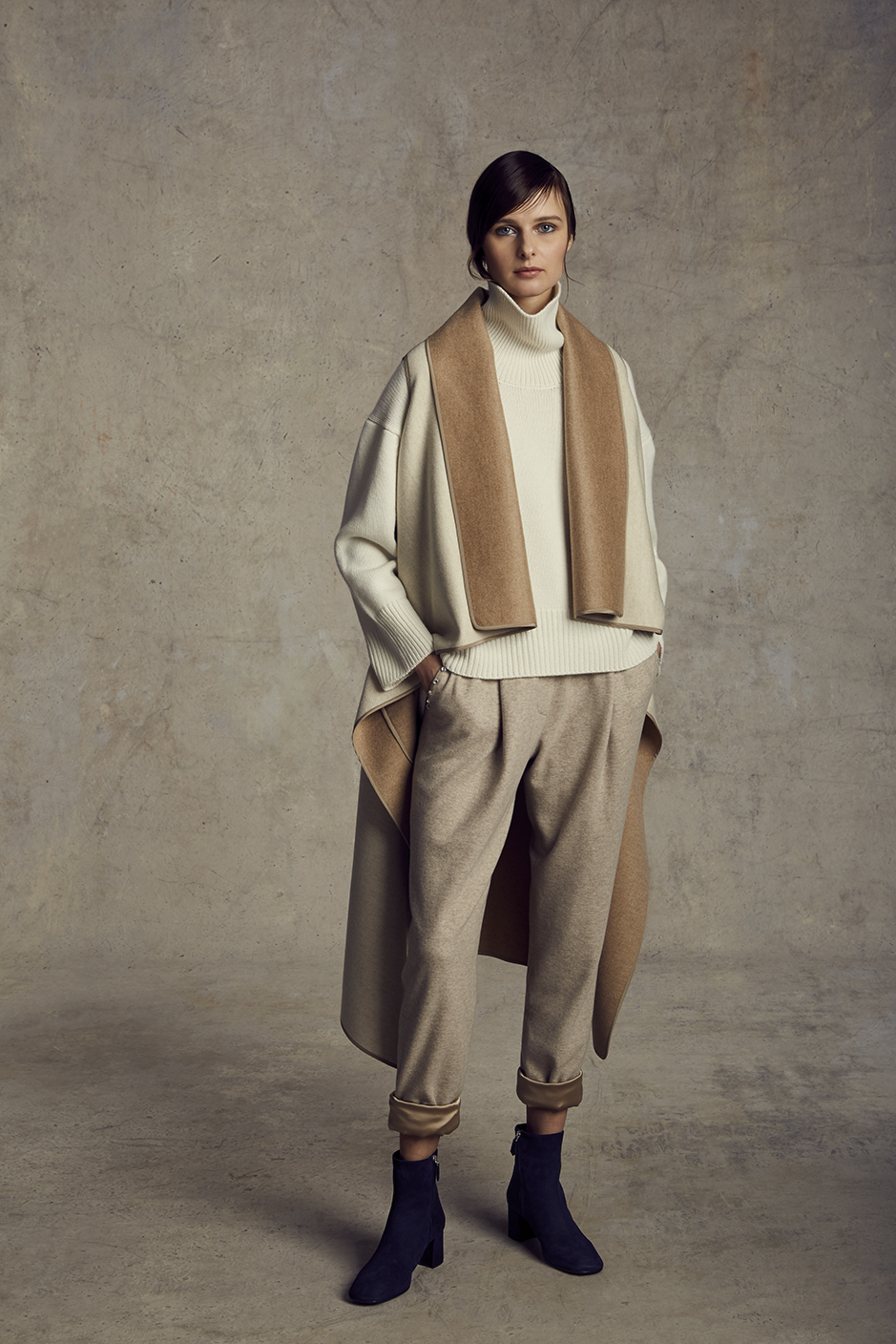 NOEL SWEATER   CASHMERE      DANIKA LONG REVERSIBLE VEST   DOUBLE FACE CASHMERE      MAXIME SWEATPANT   CASHMERE JERSEY, STRETCH SILK CHARMEUSE LINING SWAROVSKI CRYSTAL      Contact for inquiry