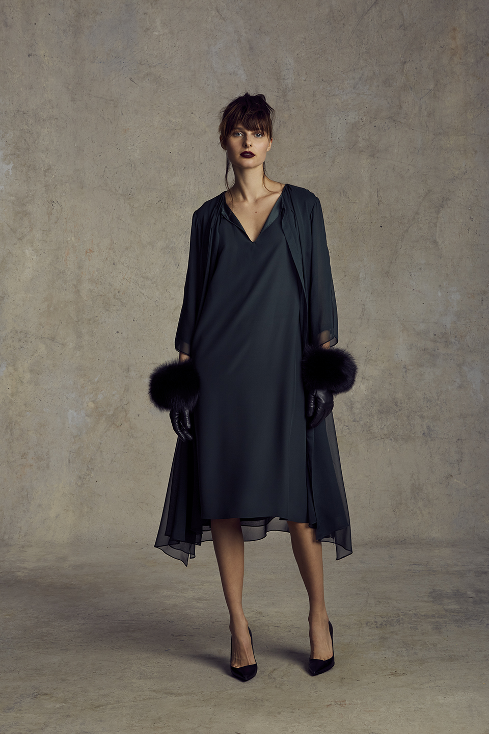 VIVA DRESS   SILK CHARMEUSE, SILK CHIFFON      CATHERINE GLOVES   TOUCH POINT TECH FRIENDLY LAMBSKIN, FOX FUR CASHMERE LINING      Contact for inquiry