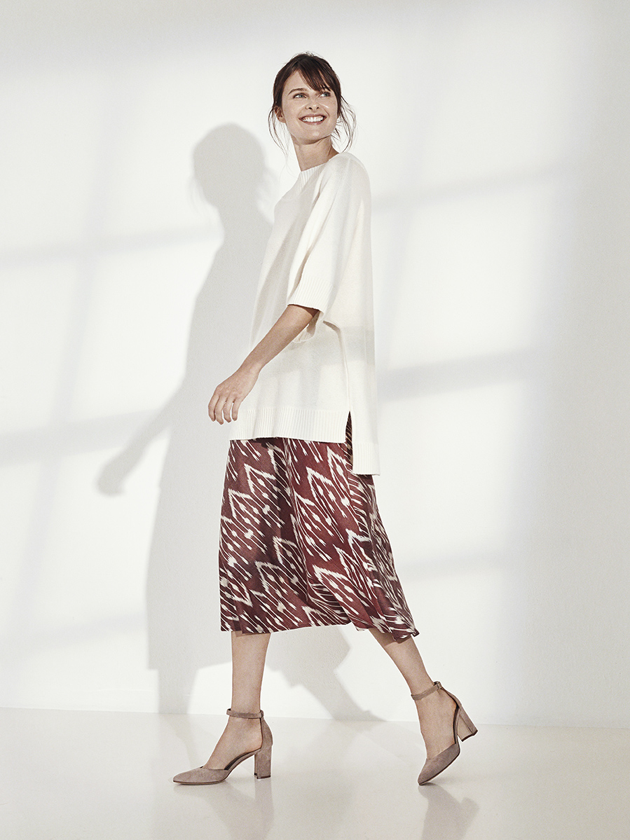MERYL SWEATER   KNIT CASHMERE     DAVID BIAS SKIRT   IKAT     Contact for inquiry