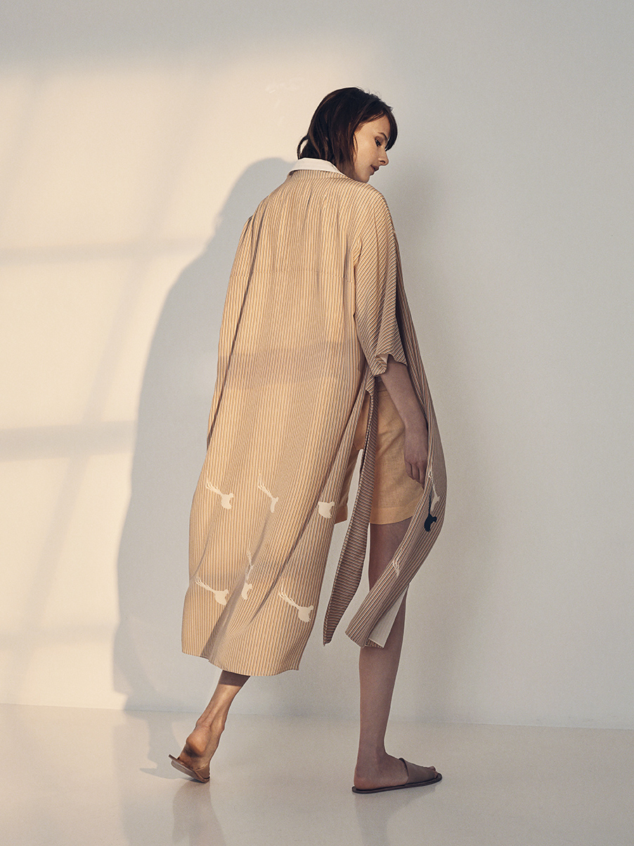GARANCE TRENCH WITH BIRDS   PRINTED SILK CREPE DE CHINE     REGINA SHIRT   STRETCH KNIT LINEN  COTTON & LINEN TEXTURED STRIPE     NIXON SHORTS   WASHED LINEN     Contact for inquiry