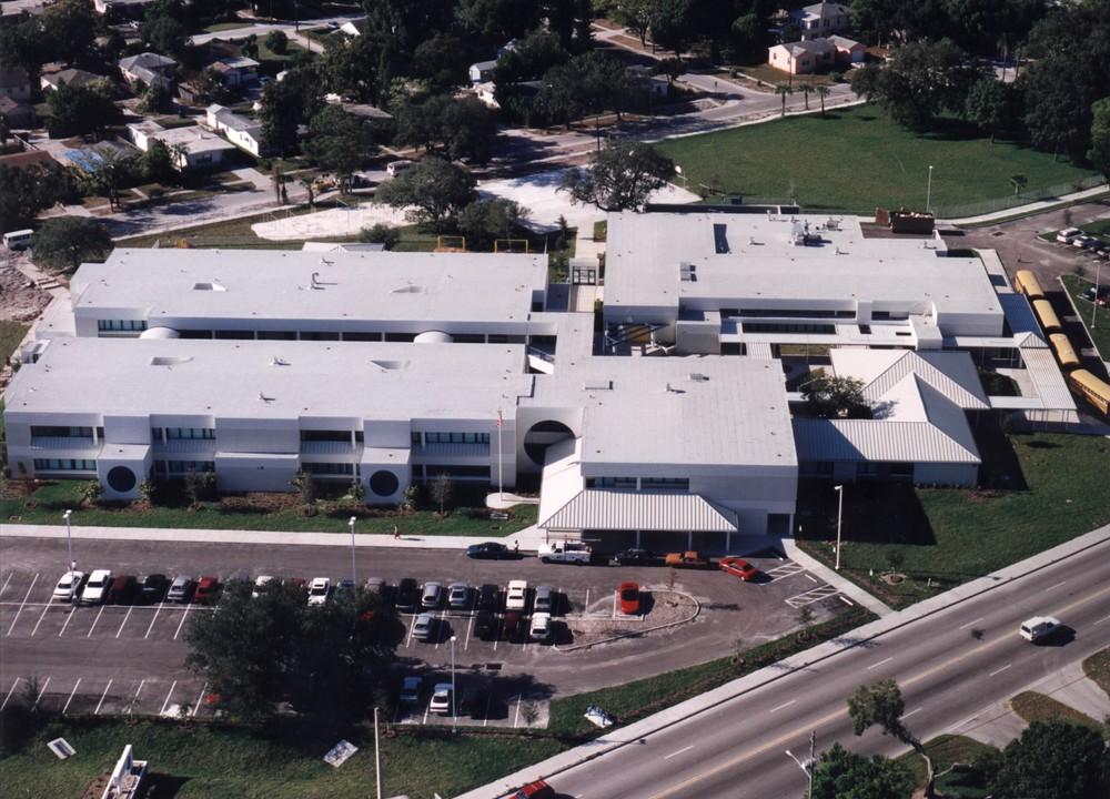 Lakewood Elementary (aerial).jpg