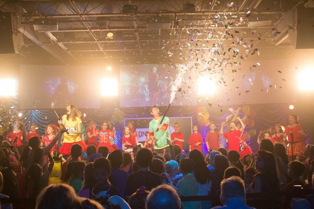 kids celebrate-150322335.jpg