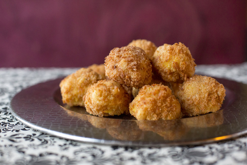 Artichoke Mac and Five Cheese bites