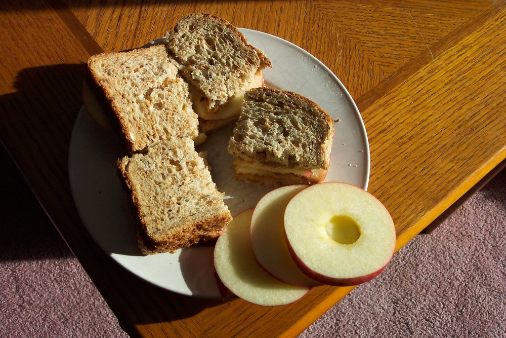 peanutbutterandapplesandwich