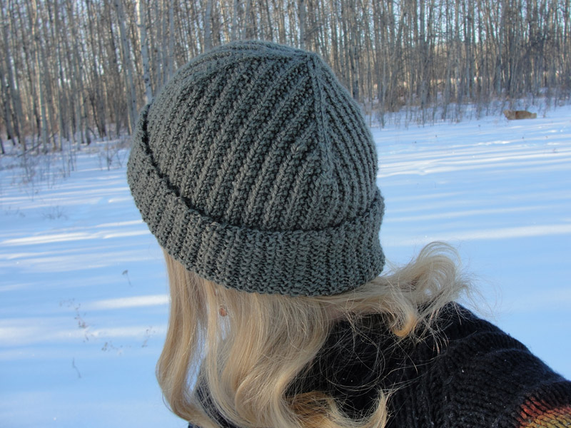 Brock Beanie - Long, rolled brim