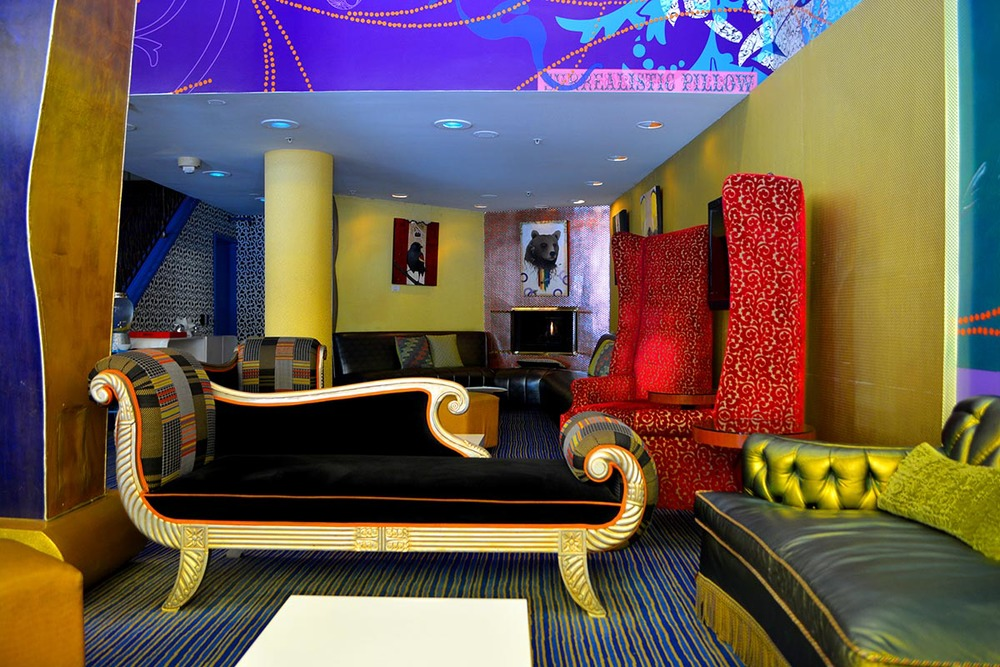 The lobby of our current place of abode,  Hotel Triton --the most  colourful  hotel I have ever stayed at. Isn't it great?