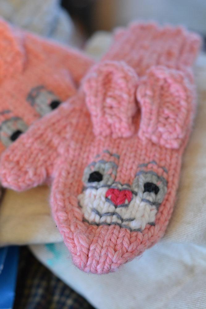 Cute, Cuddly Critter Mittens - Pink Bunnies