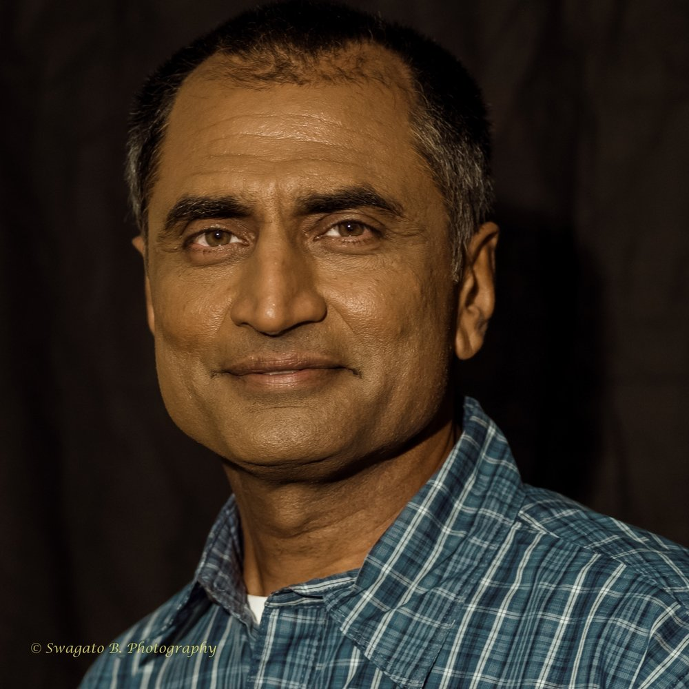 Neil Vasant plays Ramesh in FREE OUTGOING