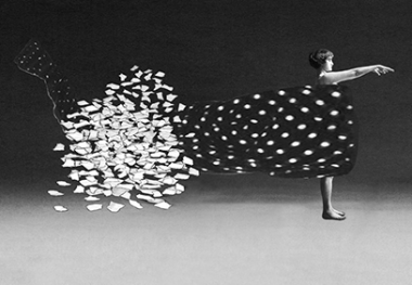 Pat Brassington,  The flight of the Duchess , 2013, pigment print, 83 x 120 cm