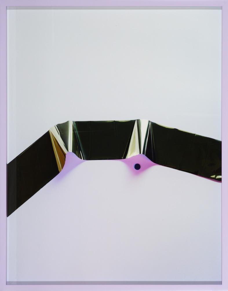 LYDIA WEGNER     Dottie Gloss  2014 Archival Inkjet Print   84 x 65 cm