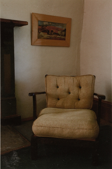 ANNE ZAHALKA   Haefliger Cottage, Interior #5    2010   Type C Photograph   30 x 20 cm