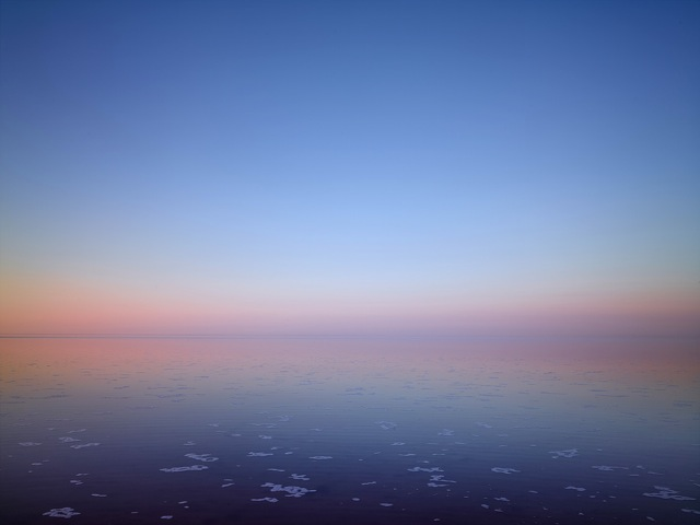 MURRAY FREDERICKS     Salt 270  2009 Pigment print on cotton rag 120 x 150 cm