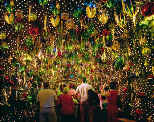 ANNE ZAHALKA     Santa's Kingdom Christmas Tunnel, Fox Studios, Sydney  2003-04 Light-jet print edition of 12   11  5 x 14  5 cm