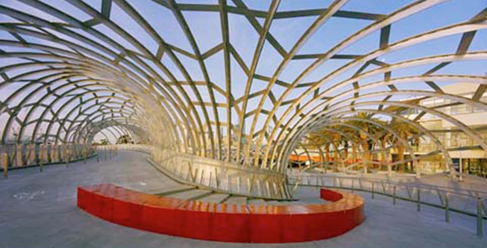Webb Bridge, Melbourne , 2003, In collaboration with architects Denton Corker Marshall. Photo: John Gollings.