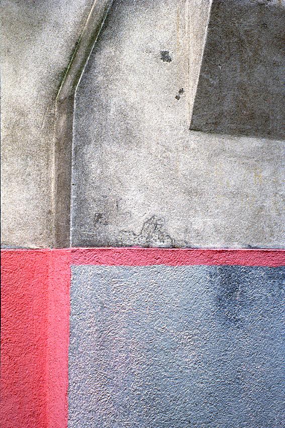 ROBERT OWEN   Burano pink & grey wall  1978 dry mounted inkjet print 72 x 47 cm