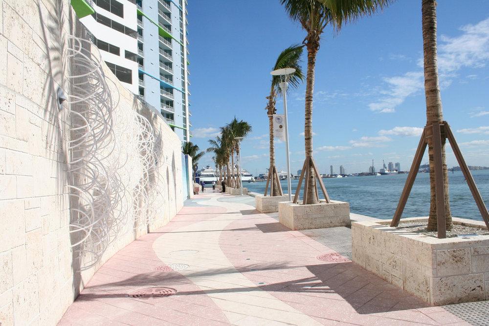 Cardoso_Grass on Wall Miami_ARCONE 002.jpg