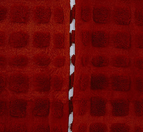 MARIA FERNANDA CARDOSO  Red - Sheep (detail) 2002 28 dyed sheep skins Dimensions variable