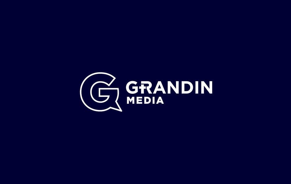 Grandin-Logo-on-navy.jpg