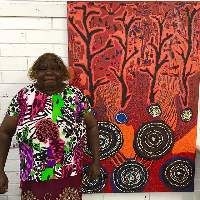 From Mantuwa George - and the Artists of Kaltjiti!!! Happy Friday!!! ❤️❤️❤️ #continuingourstory