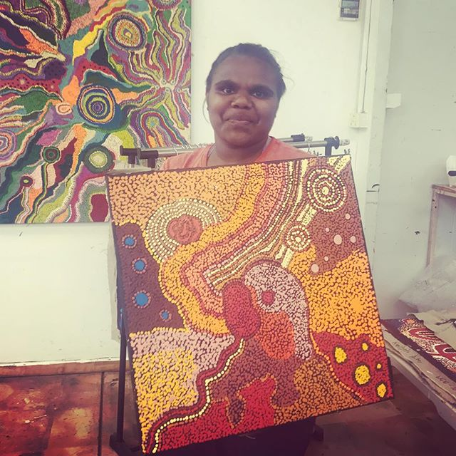 Celena Tunkin 20 years, taking on the Emu Dreaming passed down by her great grandfather APY Legend Jimmy Baker. ❤️❤️❤️ Happy Friday from Kaltjiti Arts #continuingourstory