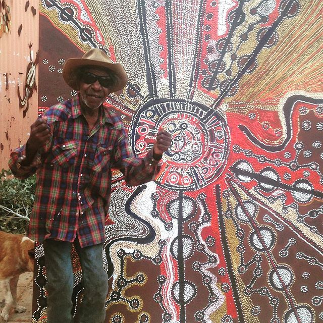 Another terrific week in the Kaltjiti Studio. Have a FAB weekend from@Witjiti George and the Artists of Kaltjiti Arts. #continuingourstory #apyartcentres #kulatatjutaproject