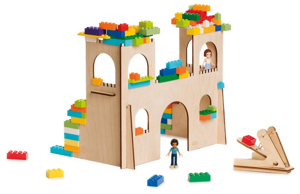 BRIKKON castle.jpg