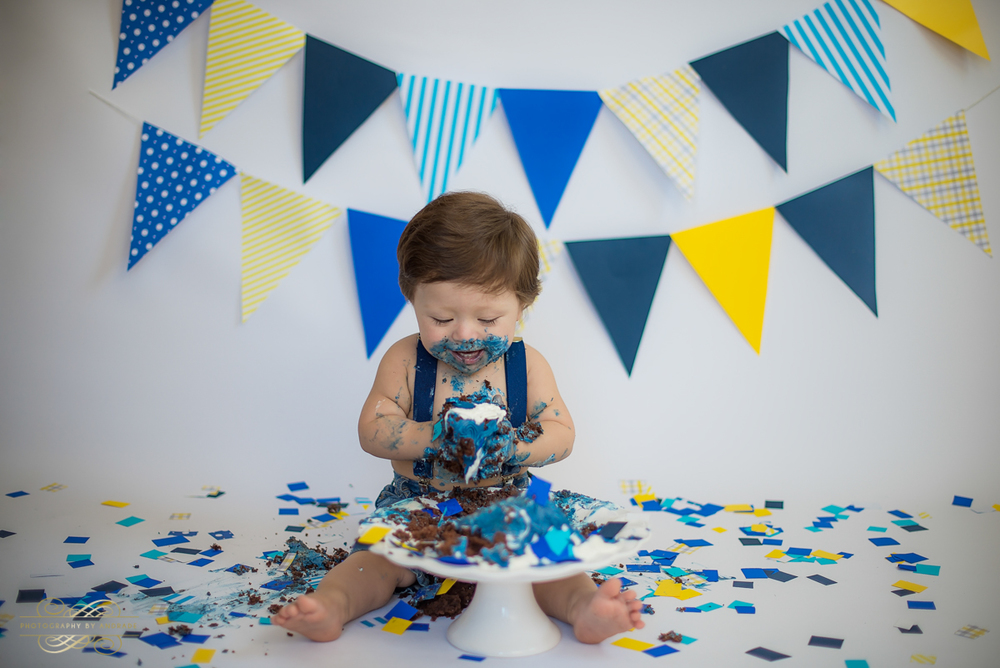 Photography by andrade Chicago Birthday Cake Smash Photography session-24.jpg