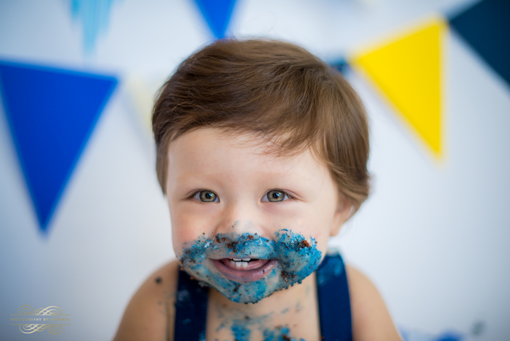 Photography by andrade Chicago Birthday Cake Smash Photography session-30.jpg