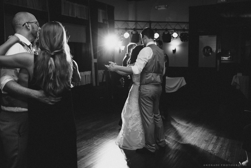 Naperville Wedding Photographer _ Maggianos Little Italy Wedding_0058.jpg