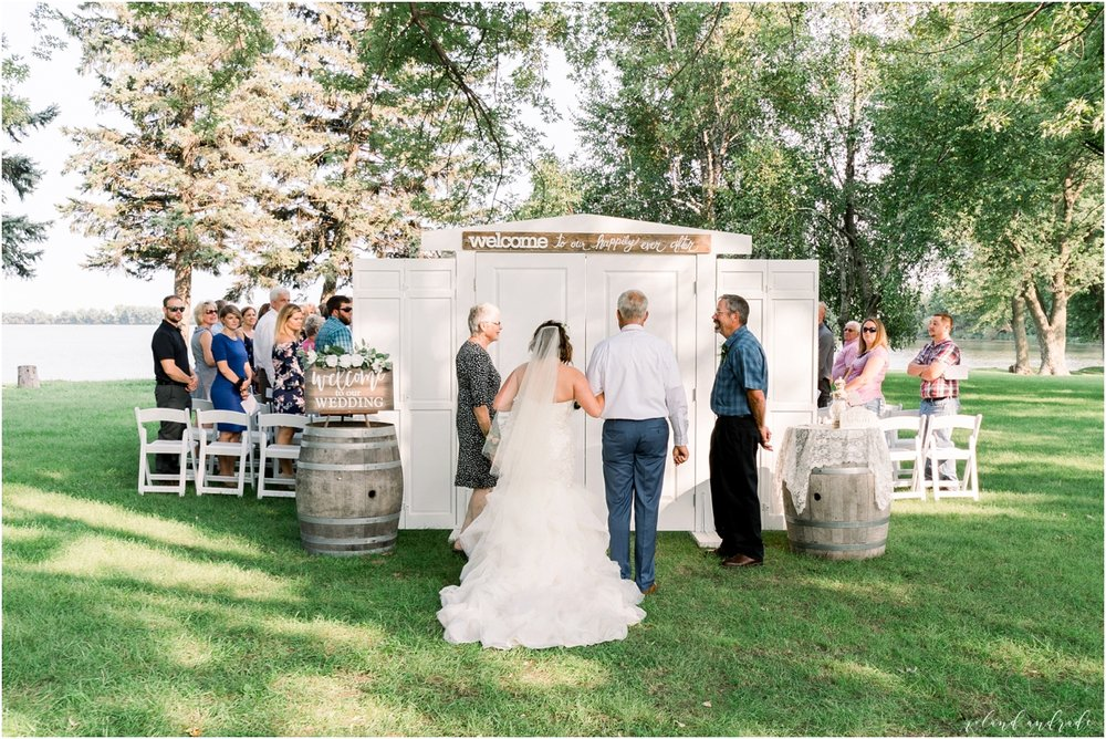 Round Lake Vineyards Wedding, Chicago Wedding Photographer, Aurora Wedding Photographer, Best Photographer In Aurora, Best Photographer In Chicago_0029.jpg