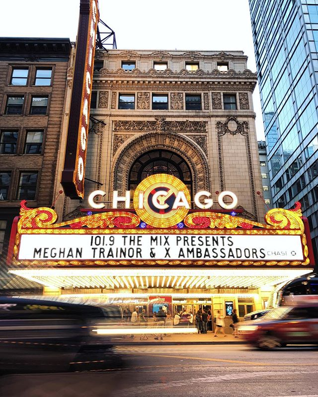Chicago Theater 🌆