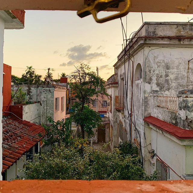 """Another take away I had while I was in Cuba last month was to disconnect more often and be relational with those around me. When I was on this trip, I was forced to disconnect from the outside world because I had no cell service or even a WiFi connection! It was so tough! But, it was so incredibly rewarding to engage with those right next to me instead of defaulting to my phone all the time. Be sure not to be that person that neglects the people around you and lose yourself in your device. I know it's so easy for me to do this. By disconnecting with technology, I was able to connect with real people more naturally. """"He who despises his neighbor sins, but blessed is he who is kind to the needy."""" -Proverbs 14:21"""