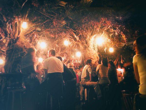 EL BOSC DE LES FADES   Mysterious & atypical bar behind  Las Ramblas