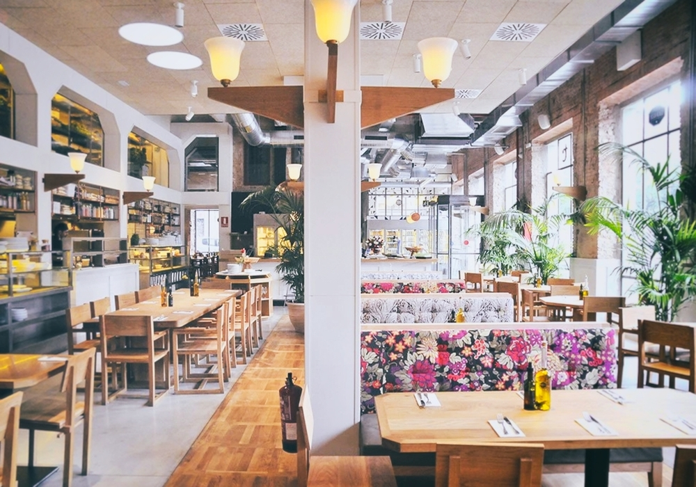 FLAX & KALE Innovating Healthy Flexitarian restaurant - El Raval