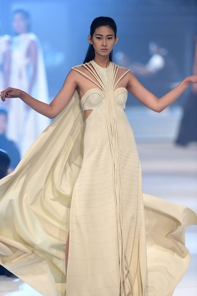 RAJO LAUREL (PIRNIA COLLECTIONS)