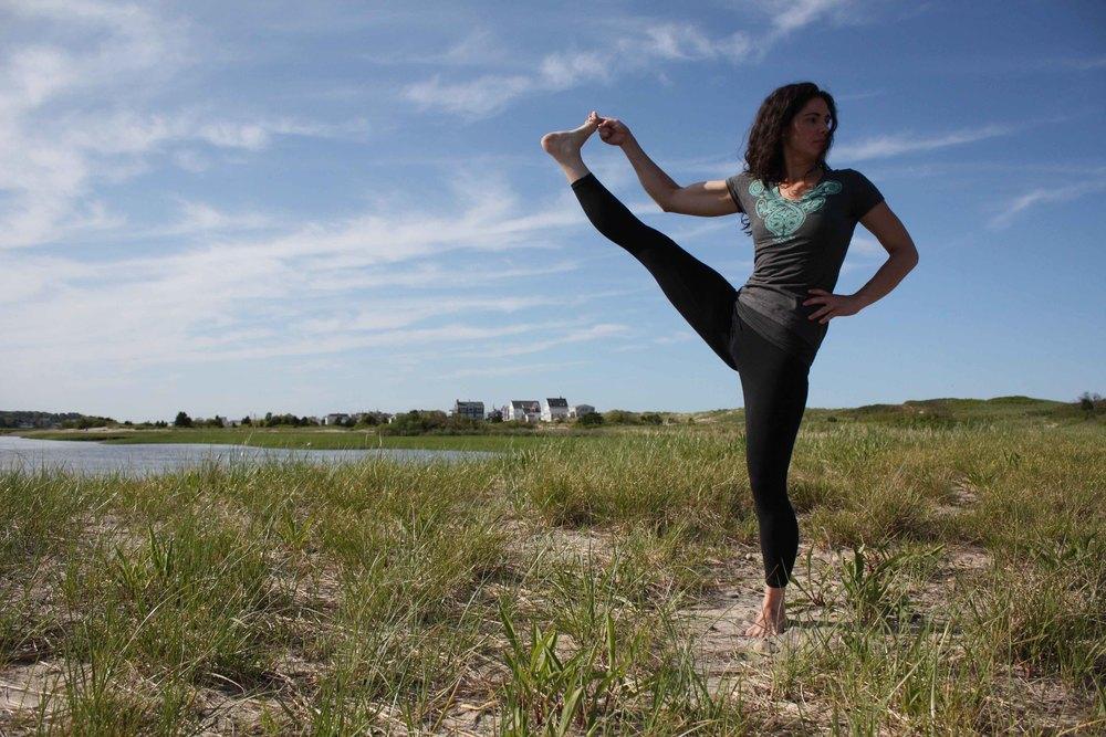 Tracy_Rodriguez_Photography_Yoga_Grid_Beach-1304.jpg