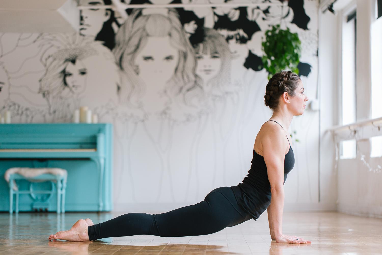 Boston yoga photography barre and soul harvard yoga photo shoot